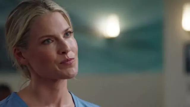 Scrubs medical uniform worn by Janice (Ali Larter) in The Rookie Season 2 Episode 2