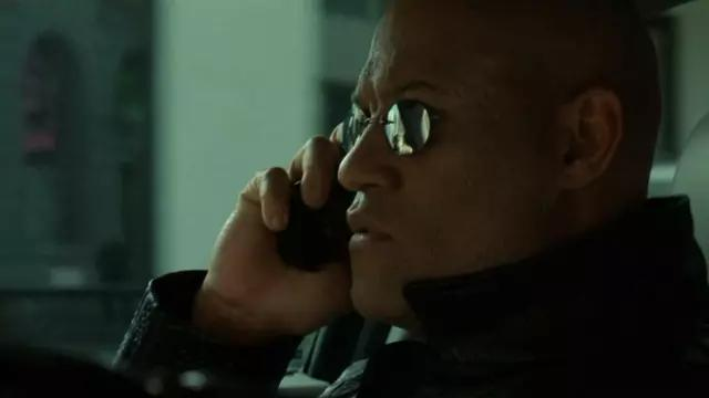 Samsung SPH-N270 de Morpheus (Laurence Fishburne) dans The Matrix Reloaded
