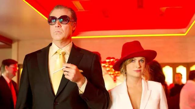 Pink Blazer of Kate Johansen (Amy Poehler) in The House